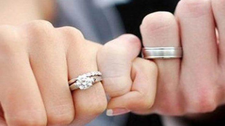 Evliliğin Yaşı Kaçtır ?